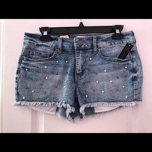 Pearl embellished jean shorts